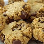 Oatmeal Flax Chocolate Chip Cookies: With heart healthy oats and omega-3 rich flax, these indulgent chocolate chip cookies are surprisingly healthy!